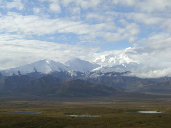 Fantastic mountain peaks and lakes enhance Alaska's Denali.