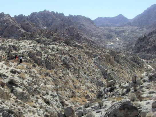 Hiking toward Coxcomb Mountains Inner Basin