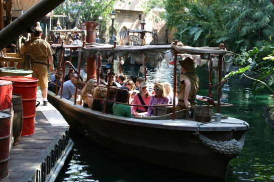 Jungle Cruise travelers return to the dock.