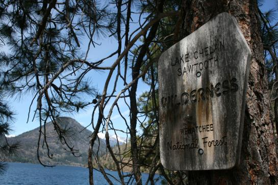 A sign in the Lake Chelan Sawtooth Wilderness