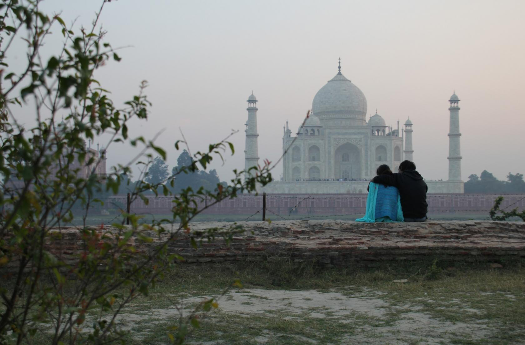 seeing the taj mahal at sunrise and sunset out baggage