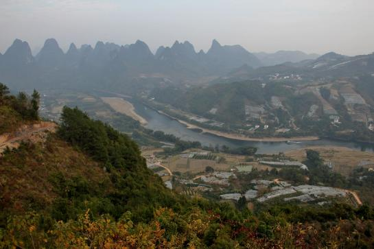 The small town of Xīngpíng sits near the Lí River in Guăngxī, China.