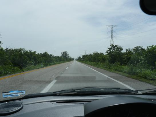 Highway180D in the Yucatán Peninsula stretches from Cancún to Mérida.