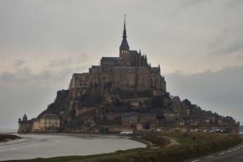 Mont. St. Michel from road